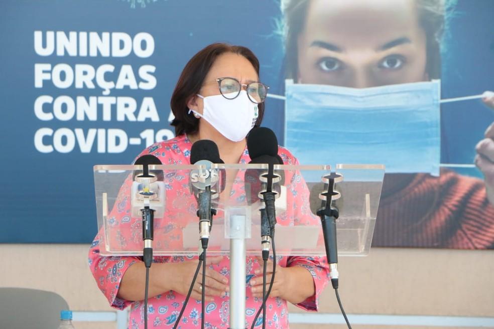 Governadora do Rio Grande do Norte, Fátima Bezerra (PT), anuncia suspensão da segunda fração da reabertura econômica do RN na pandemia do coronavírus — Foto: Demis Roussus/Governo do RN