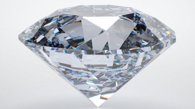 Cientistas do Instituto de Tecnologia de Massachussets (MIT) usaram ondas sonoras para calcular que, embaixo da Terra, há mil vezes mais a quantidade de diamantes na Terra do que se imaginava (Foto: Getty Images via BBC)
