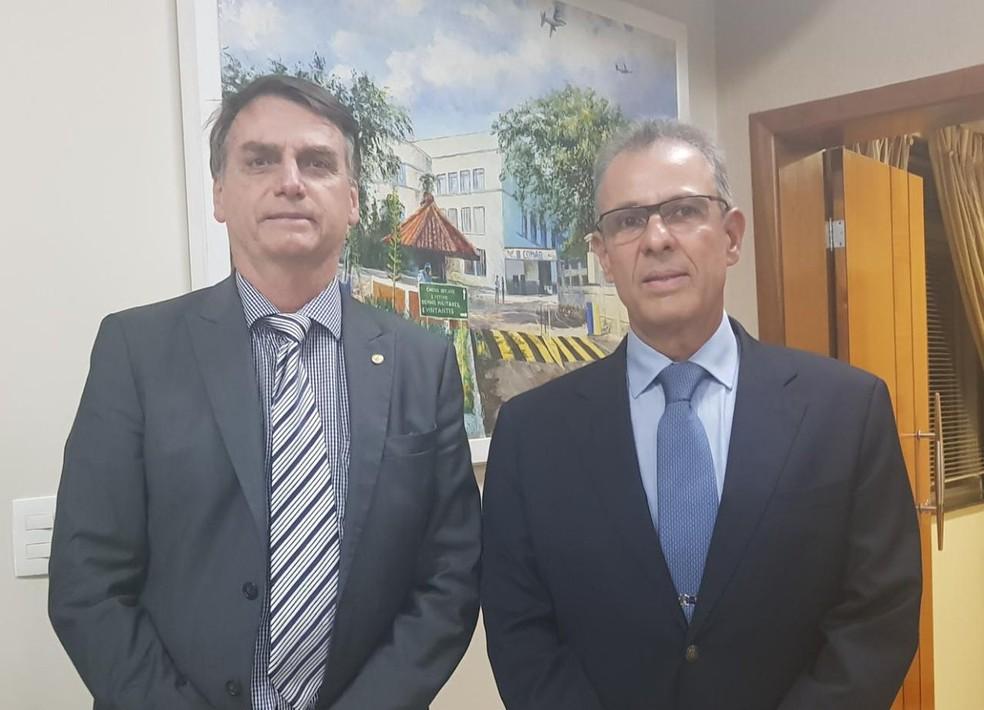 Jair Bolsonaro e Bento Costa Lima Leite — Foto: Reprodução/Twitter Oficial Jair Bolsonaro