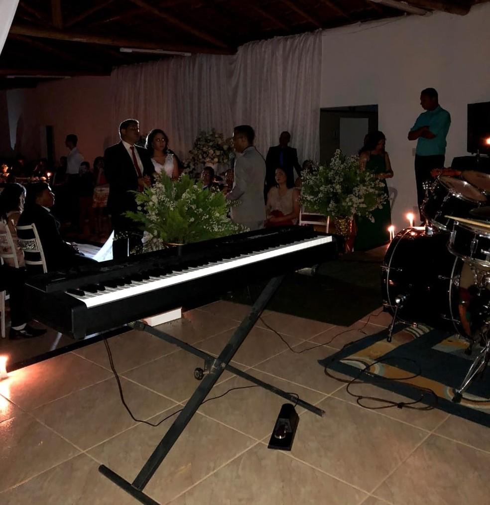 Festa de casamento em Governador Valadares fica sem energia elétrica — Foto: Arquivo Pessoal/Hillary Silva