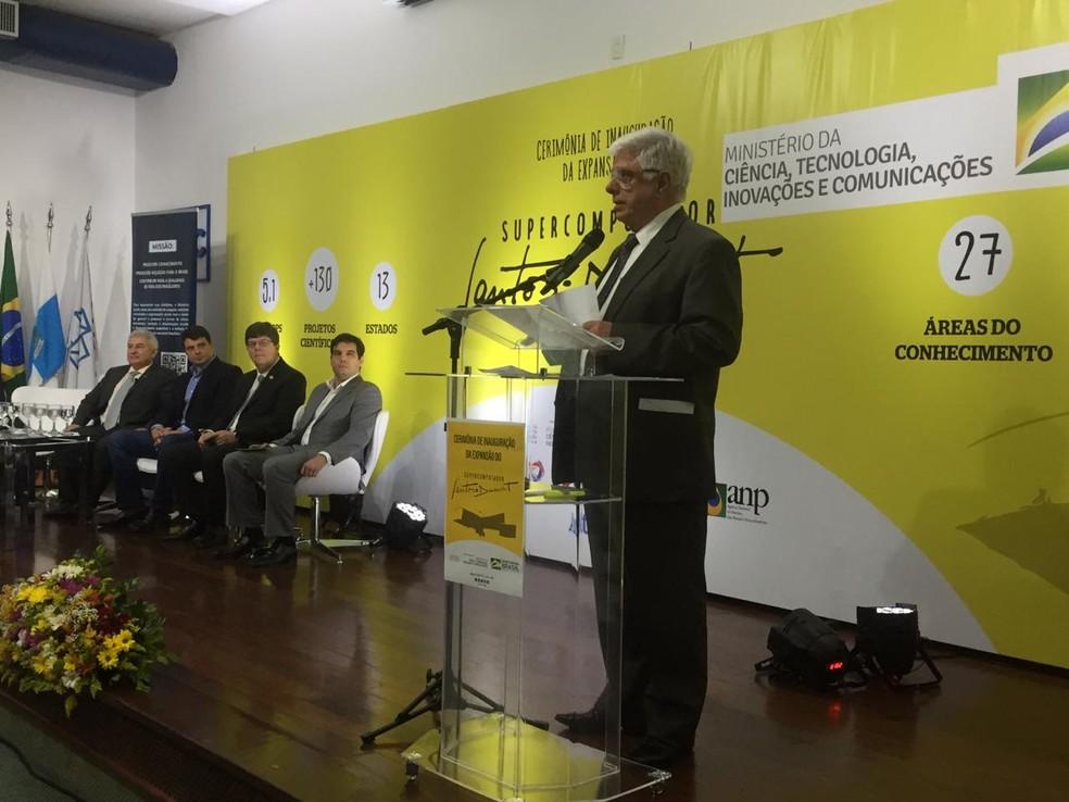 Augusto Gadelha, diretor do LNCC, abre cerimônia em Petrópolis e fala dos projetos desenvolvidos pelo supercomputador — Foto: Aline Rickly/G1