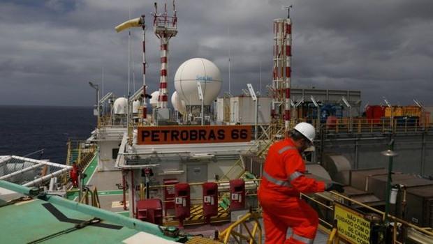 A Petrobras é uma estatal de economia mista, com ações negociadas em bolsa (Foto: Reuters via BBC News Brasil)