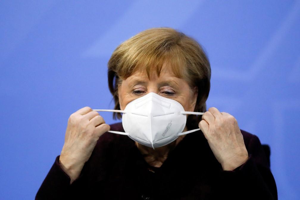 Chanceler da Alemanha, Angela Merkel, em entrevista coletiva na sede do governo em Berlin em 10 de fevereiro de 2021 — Foto: Markus Schreiber/Reuters