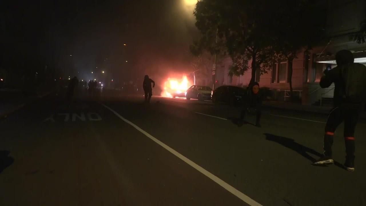 Policiais e manifestantes entram em confronto em Washington