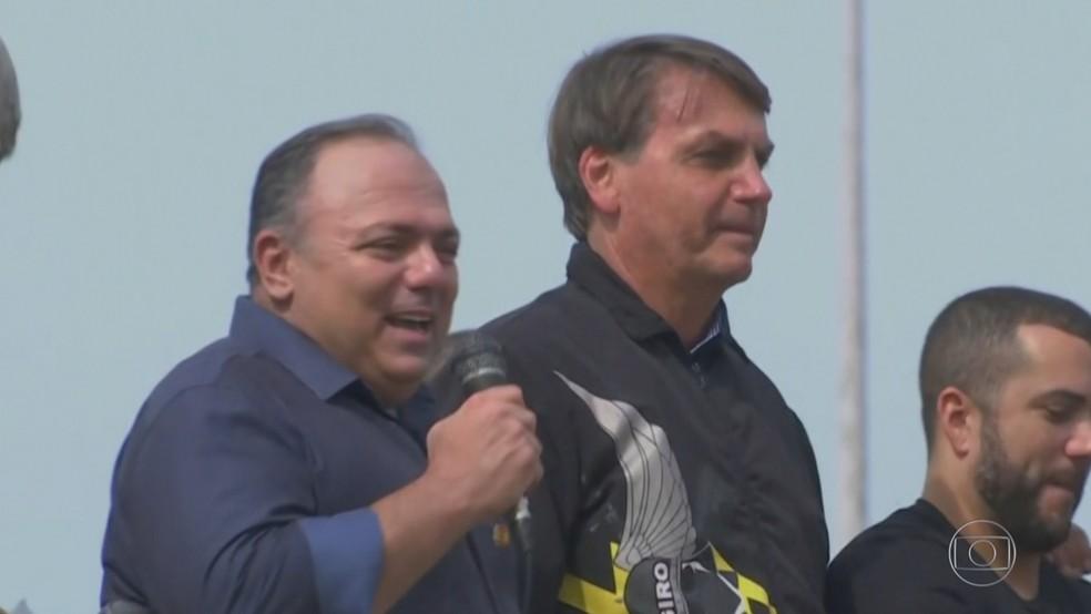 General da ativa, ex-ministro Eduardo Pazuello discursa em ato de Bolsonaro com apoiadores, no Rio de Janeiro — Foto: Reprodução/TV Globo