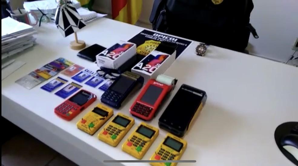 Objetos foram apreendidos durante investigação — Foto: Divulgação/Polícia Civil