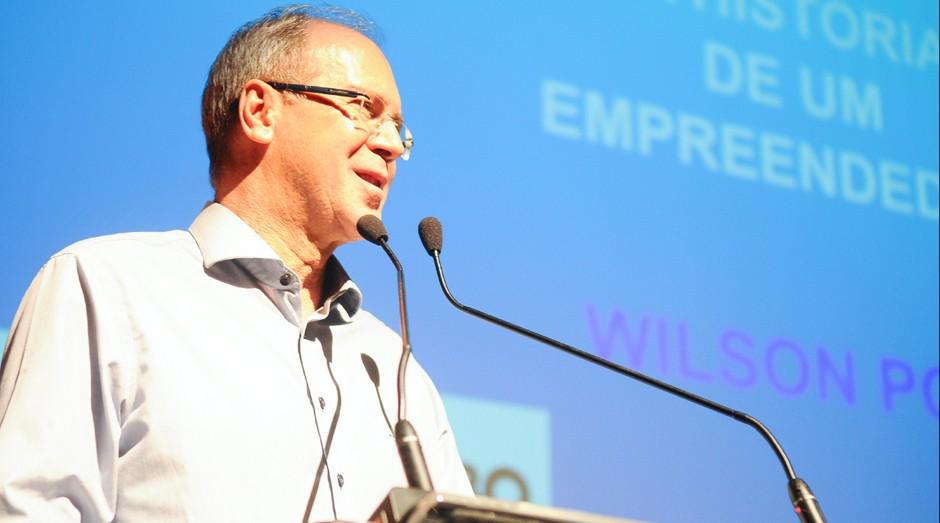 Empreendedor Wilson Poit ministra palestra para os convidados do Prêmio Empreendedor de Sucesso 2016 (Foto: Rafael Jota)
