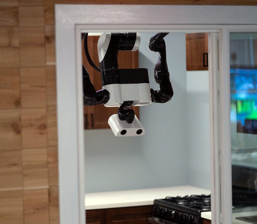 Robô desenvolvido pelo Toyota Research Institute