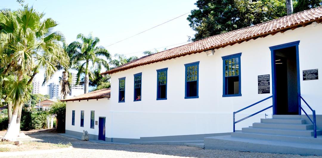 Escola de Artes em Pará de Minas produz conteúdo virtual para alunos durante a pandemia do novo coronavírus