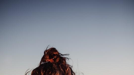 Ilmar Renato, do 'BBB17', posa para fotos e opina: 'A sensualidade está no olhar'