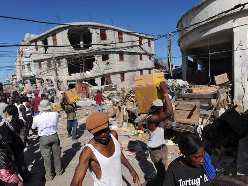 Terremoto de 2010 fez do Haiti o país com mais mortos em desastres nos últimos 20 anos — Foto: AFP/arquivo