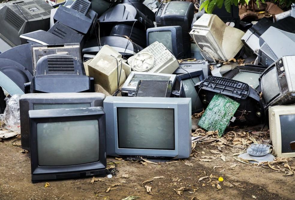 O que é lixo eletrônico? Veja dicas de descarte e reciclagem no Brasil | Eletrônicos | TechTudo