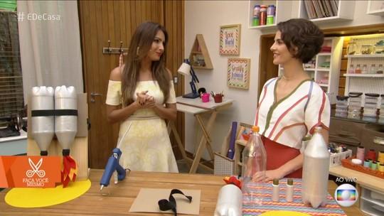 Monica Benini ensina brinquedo que já fez para Theo, filho de Sandy: 'Ele amou!'