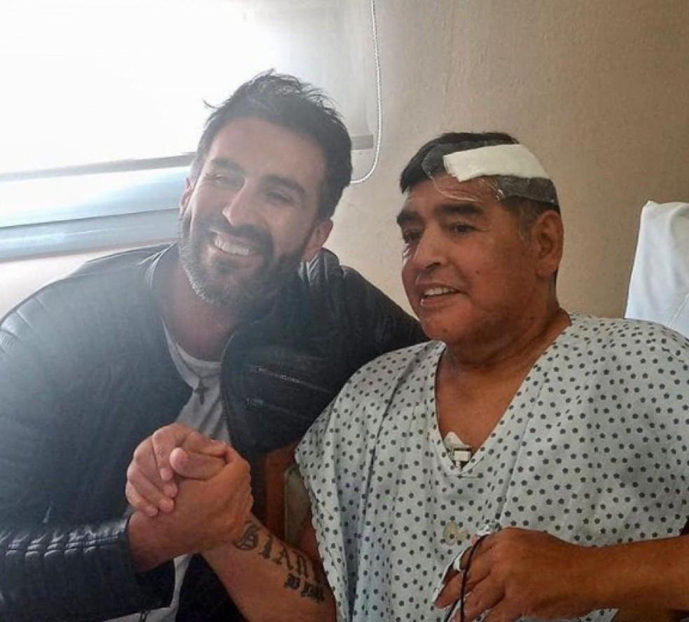 Maradona havia passado por cirurgia no cérebro há poucas semanas — Foto: Reprodução / Instagram