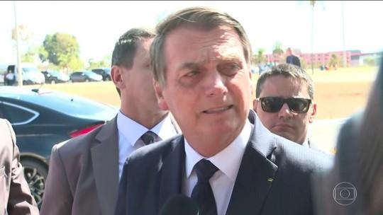 'Da minha parte, está definido', diz Bolsonaro sobre indicação do filho