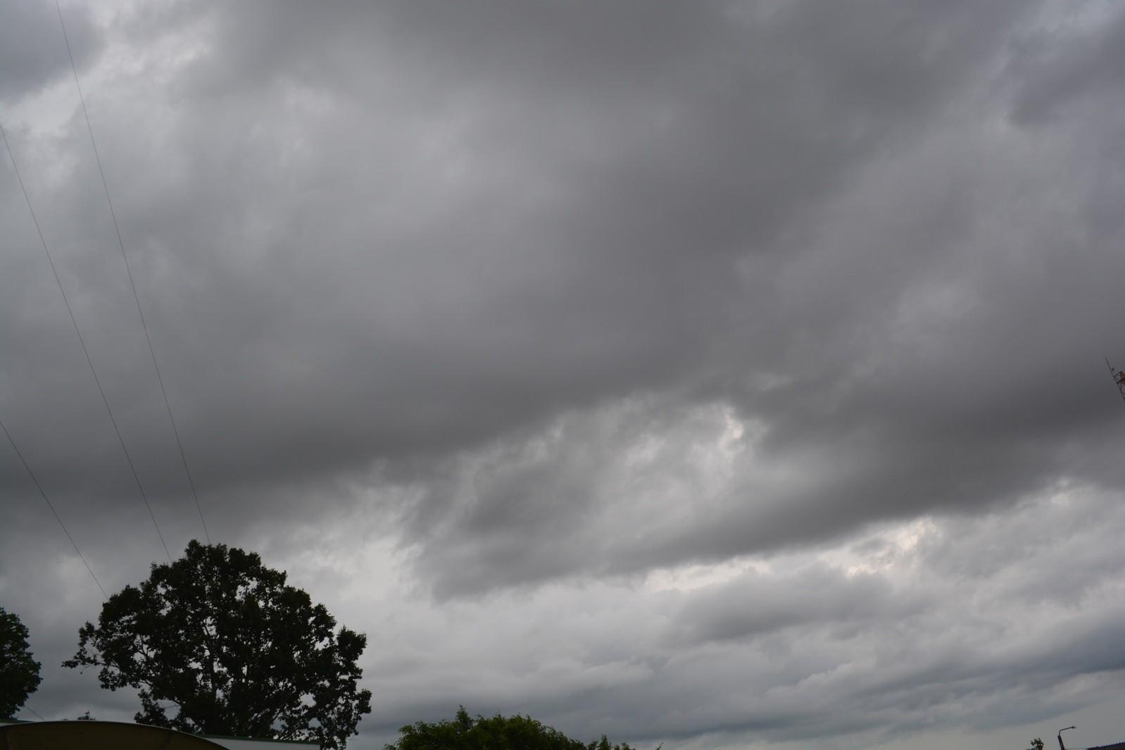 Rondônia pode ter temporais no sábado, 16, indica previsão