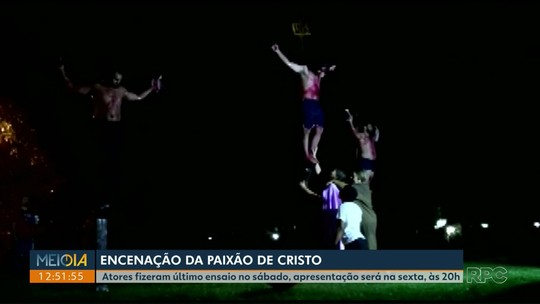 Paixão de Cristo marca sexta-feira santa da Paróquia Nossa Senhora da Paz, em Londrina