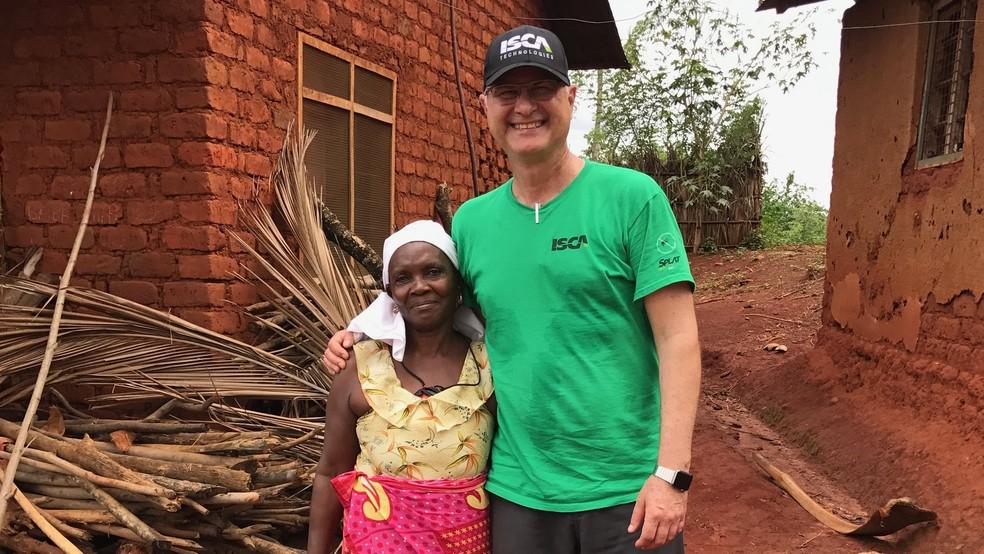 Agenor Marfa-Neto diz que inseticida foi testado com sucesso em um experimento na Tanzânia (Foto: Agenor Mafra-Neto)