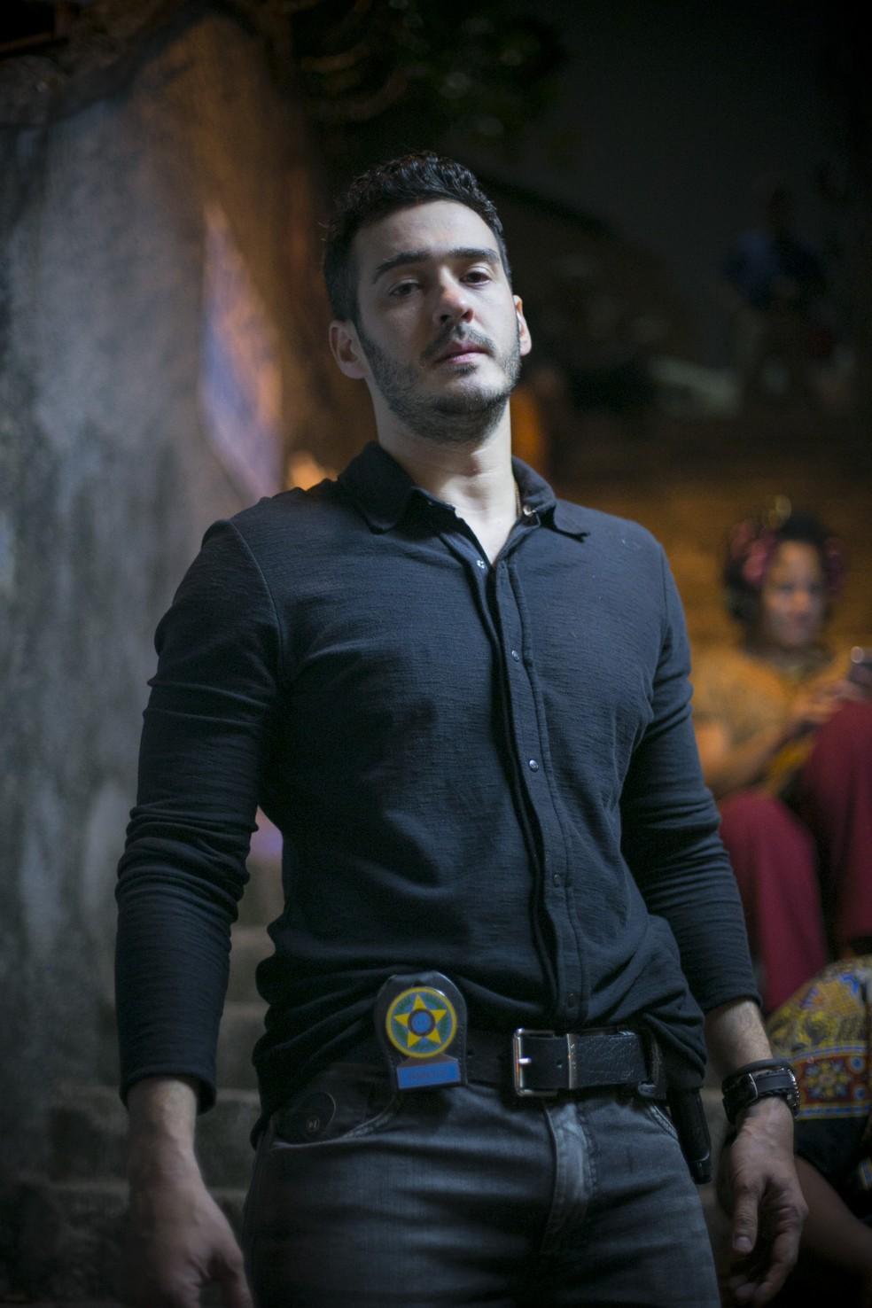 Marcos Veras como Domênico, um policial legal e bom caráter - 'Pega Pega' — Foto: Raphael Dias/Gshow