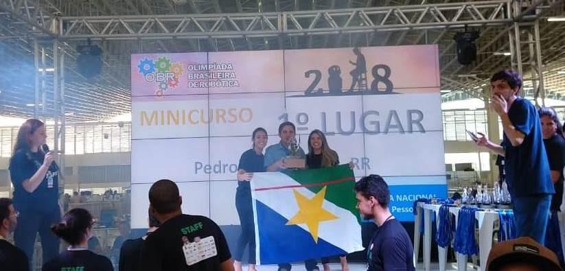Estudante do IFRR ganha medalha de ouro na Olimpíada Brasileira de Robótica
