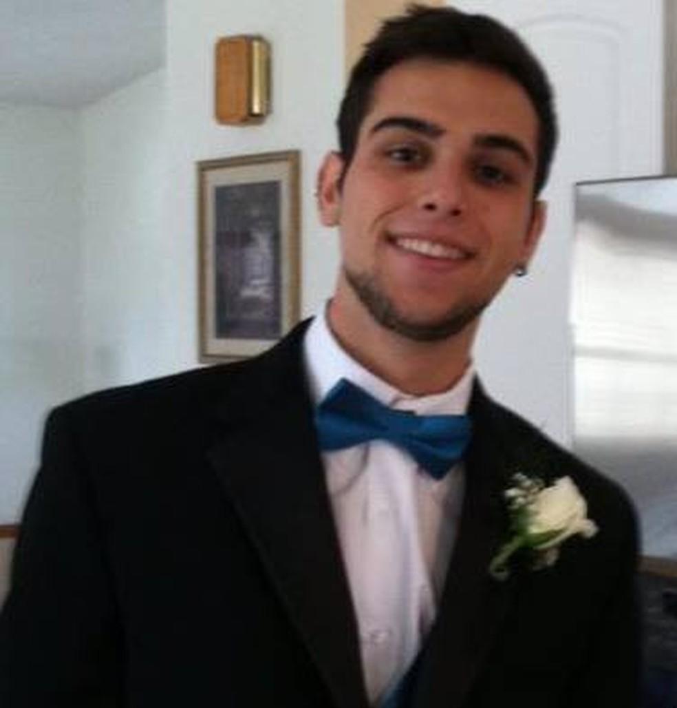 João Pedro Valverde Casado, de 23 anos, morreu ainda no local do acidente — Foto: Arquivo Pessoal