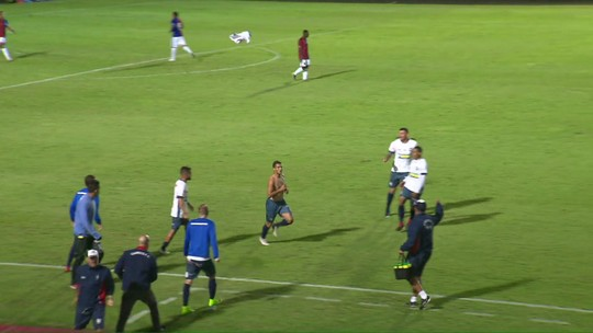 """Dado lamenta derrota e defende primeiro tempo do Paraná: """"Não merecíamos perder"""""""
