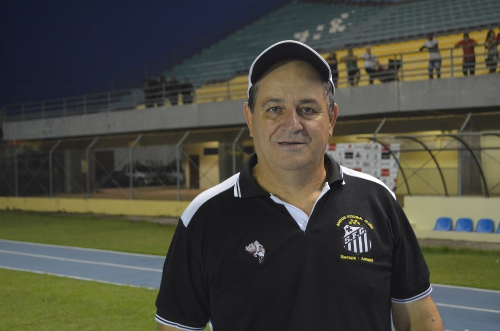 Técnico do Santos-AP, Edson Porto, já treinou diversos clubes japoneses (Foto: Rafael Moreira/GE-AP)