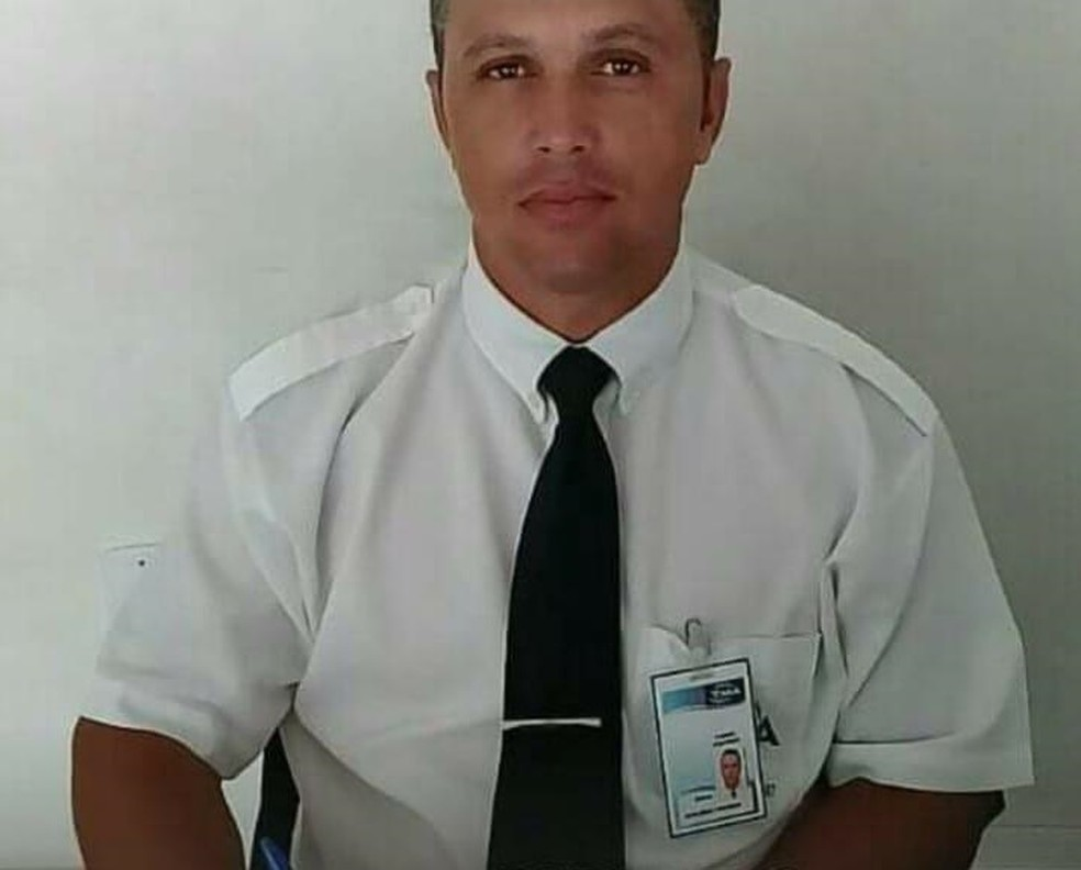 Vigilante de 38 anos foi assassinado dentro de casa em Campos — Foto: Divulgação/Familiares
