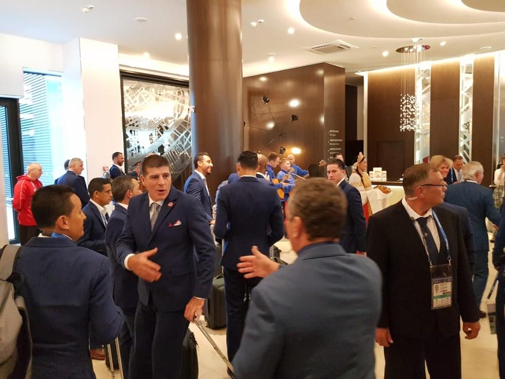 Seleção da Costa Rica foi recebida sob festa (Foto: Rodrigo Lois)