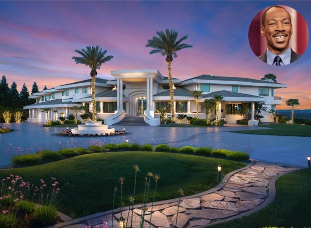 Eddie Murphy e sua ex-espora Nicole Mitchell Murphy viveram na casa até 2007 (Foto: DeCaro Auctions International/ Reprodução)