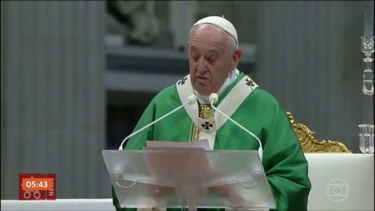 Papa encerra assembleia com bispos sobre a AM e pede respeito aos indígenas