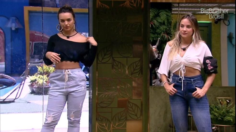 Rafa e Gabi com looks C&A para o Almoço do Anjo — Foto: Globo
