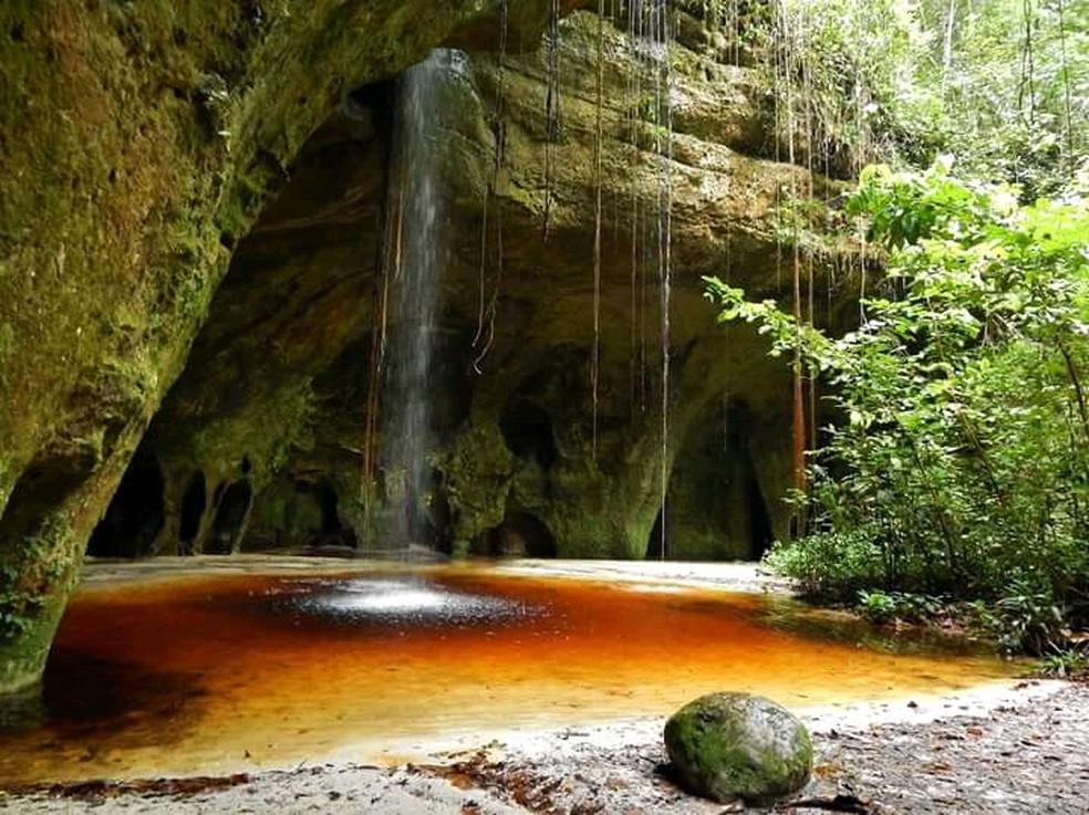 Caverna do Maroaga, em Presidente Figueiredo, é paraíso das grutas e cachoeiras no AM — Foto: Pedro Moraes/Sema