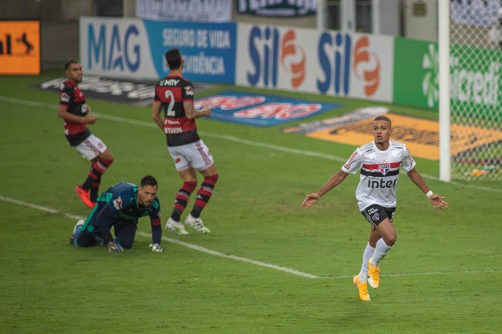 Brenner comemora gol sobre o Flamengo na Copa do Brasil de 2020 — Foto: Maga Jr./Estadão Conteúdo