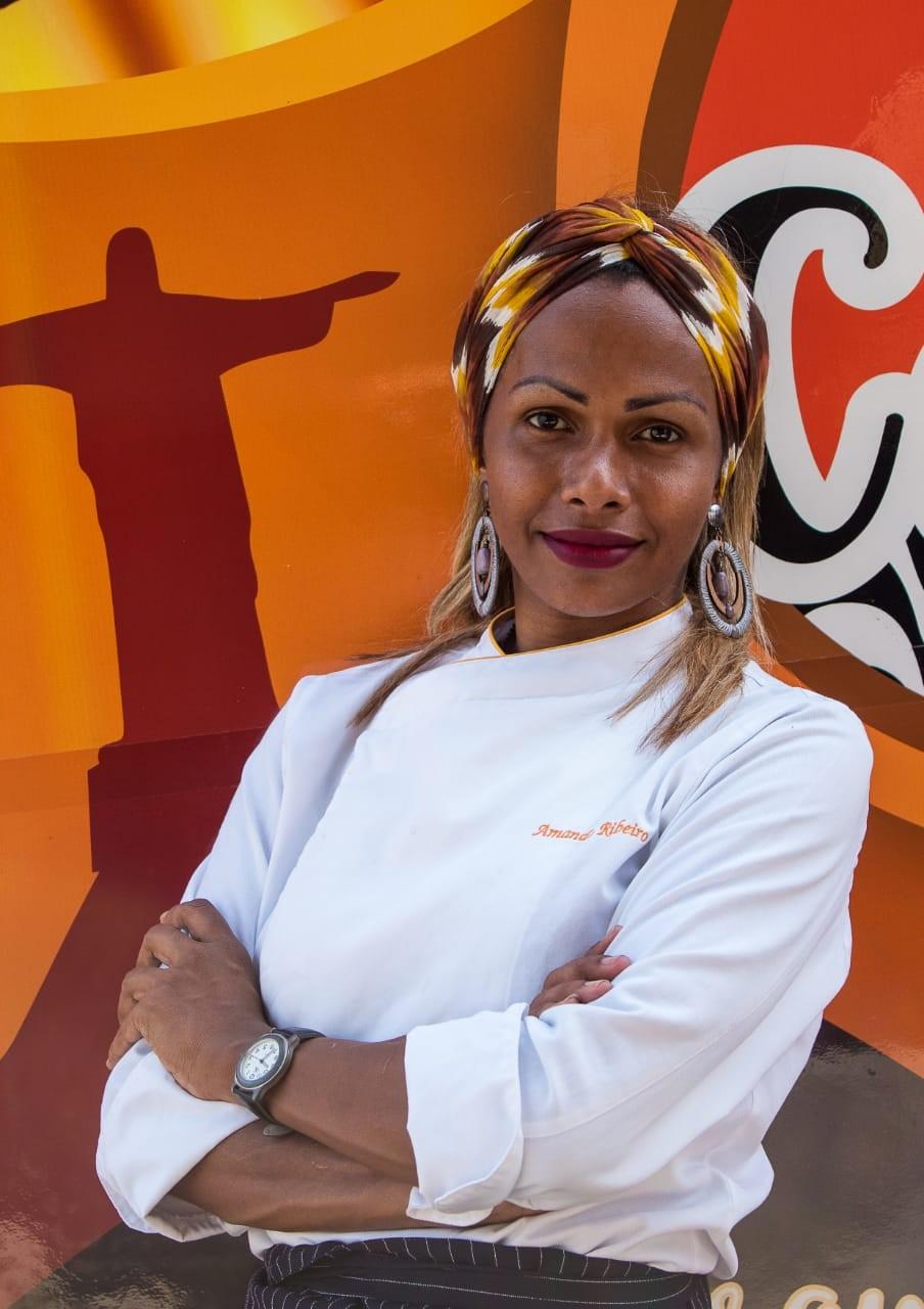 Chef trans Amanda Ribeiro