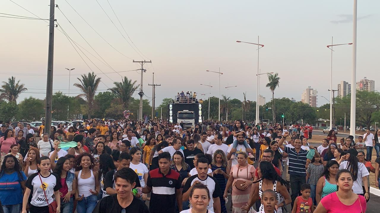 Marcha para Jesus leva fiéis às avenidas de Palmas; fotos - Notícias - Plantão Diário