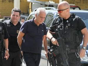 João Rezende Henriques fez exame de corpo de delito no IML, em Curitiba, nesta terça-feira  (Foto:  Rodrigo Félix Leal/  Futura Press/ Estadão Conteudo )