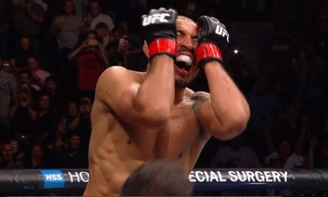 José Aldo chora ao vencer Stephens