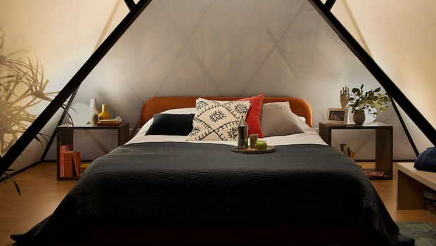 Quarto moderno vai hospedar dois vencedores da promoção do Airbnb (Foto: Julian Abrams/Airbnb)