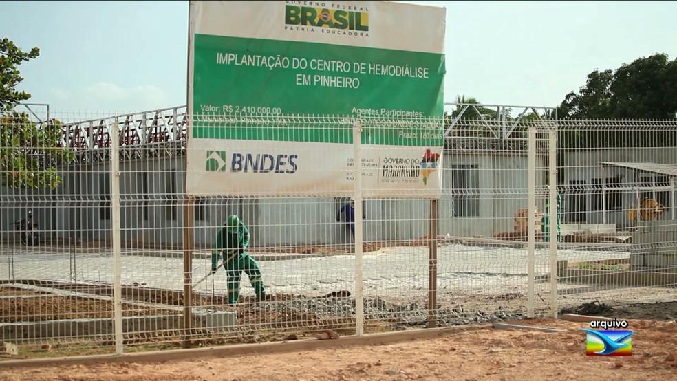 Centro de Hemodiálise de Pinheiro é um que também não está funcionando  (Foto: Reprodução/TV Mirante)