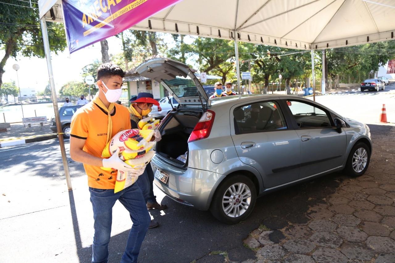 Conexão Solidária arrecada alimentos por drive-thru em cidades do Sul de Minas; veja onde doar