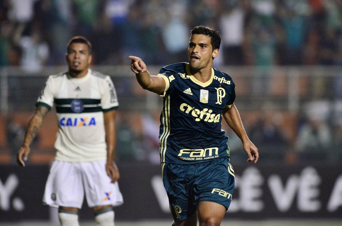 b975525ad280b Atuações do Palmeiras  Prass e Jean se destacam em vitória sobre o Coritiba