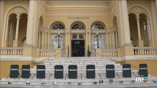 Vereadores de Curitiba aprovam 6ª proposta do 'pacotaço' de Greca; projeto trata do 'Nota Curitibana'