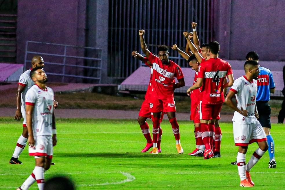 CRB venceu o Náutico, por 2 a 1, no Rei Pelé — Foto: Ailton Cruz/Gazeta de Alagoas