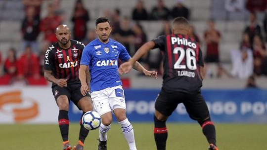 ... por 2 a 1 para o Cruzeiro pelas oitavas de final da Copa do Brasil  Zé  Ivaldo