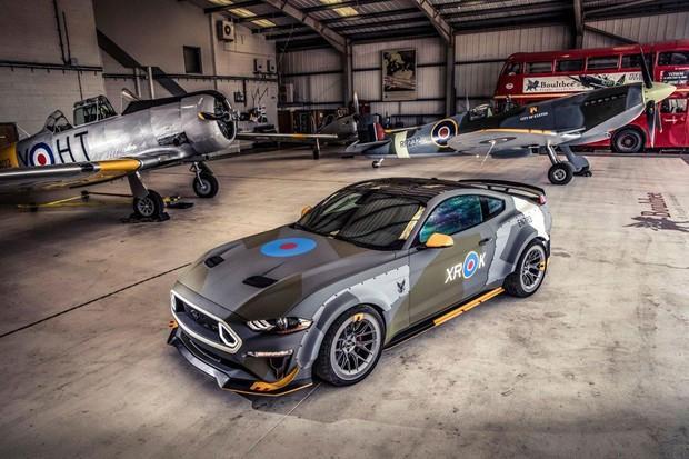 A Ford levou um Mustang inspirado no Spitfire para Goodwood (Foto: Divulgação)