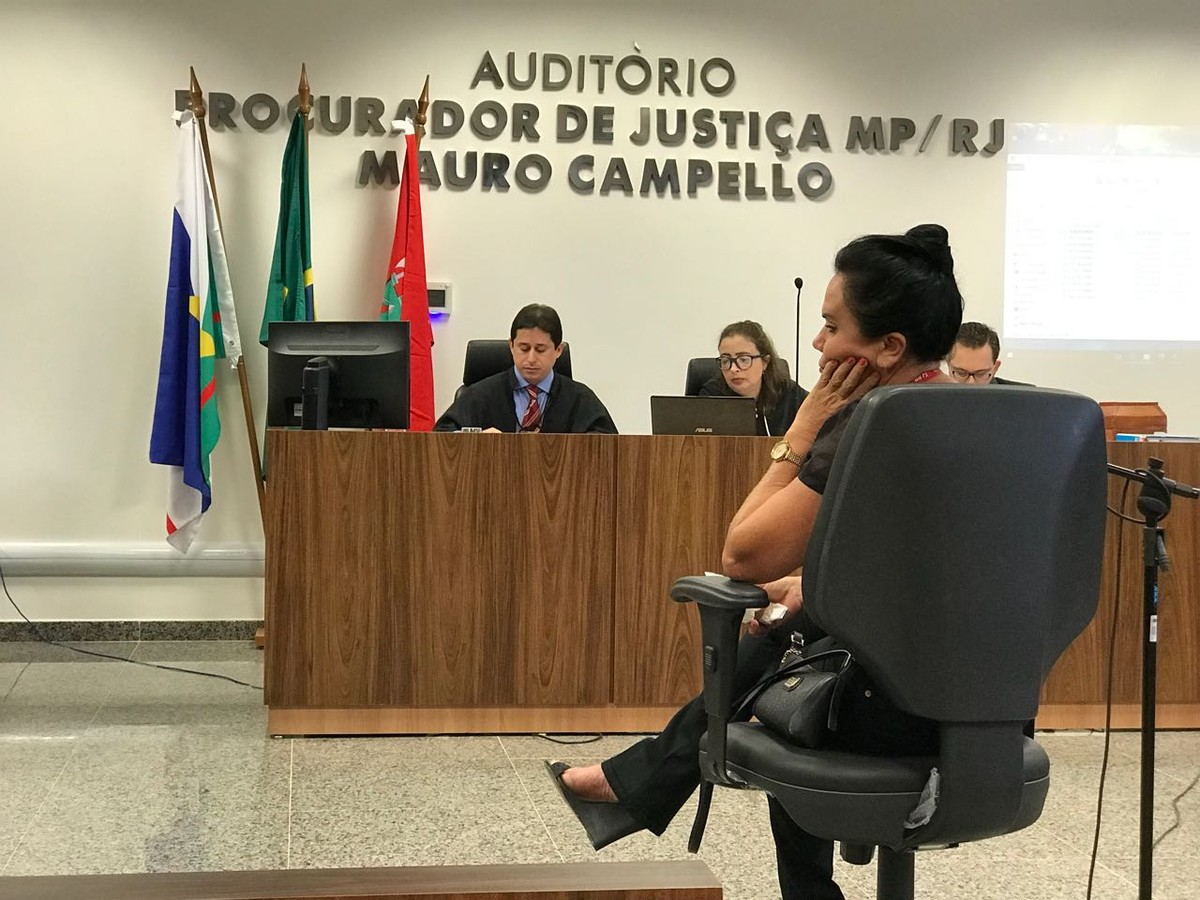 'Pena máxima', pede mãe e mulher de vítimas do ex-PM Felipe Quadros durante julgamento em Roraima