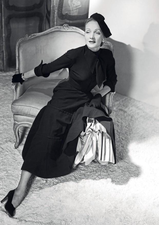 Marlene Dietrich clicada por Horst P. Horst, em 1948 (Foto: Horst P. Horst/Condé Nast Archive)