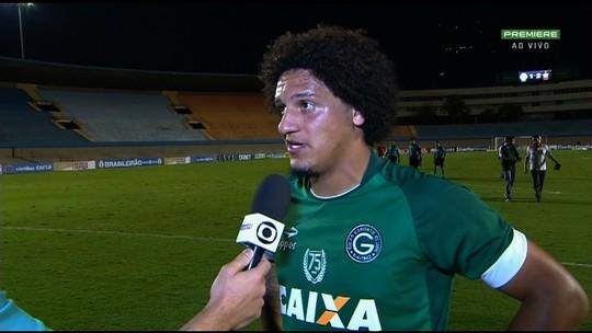 """Felipe Gedoz critica arbitragem na derrota do Goiás: """"Vergonha"""""""