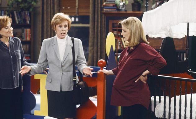 Carol Burnett em cena de 'Mad about you' (Foto: NBC)